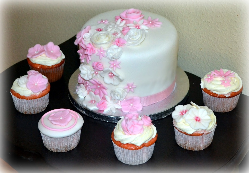 baby-shower-cakes-for-girls-decoration