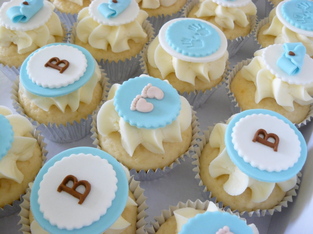 baby-shower-cake-decorations