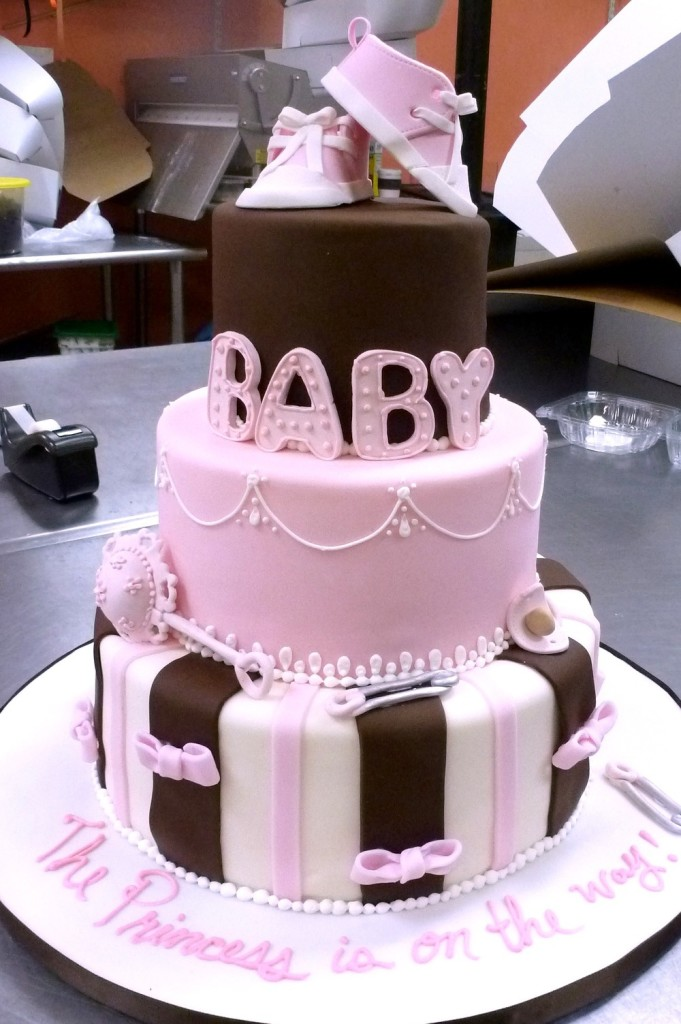 baby-shower-cake-for-girls