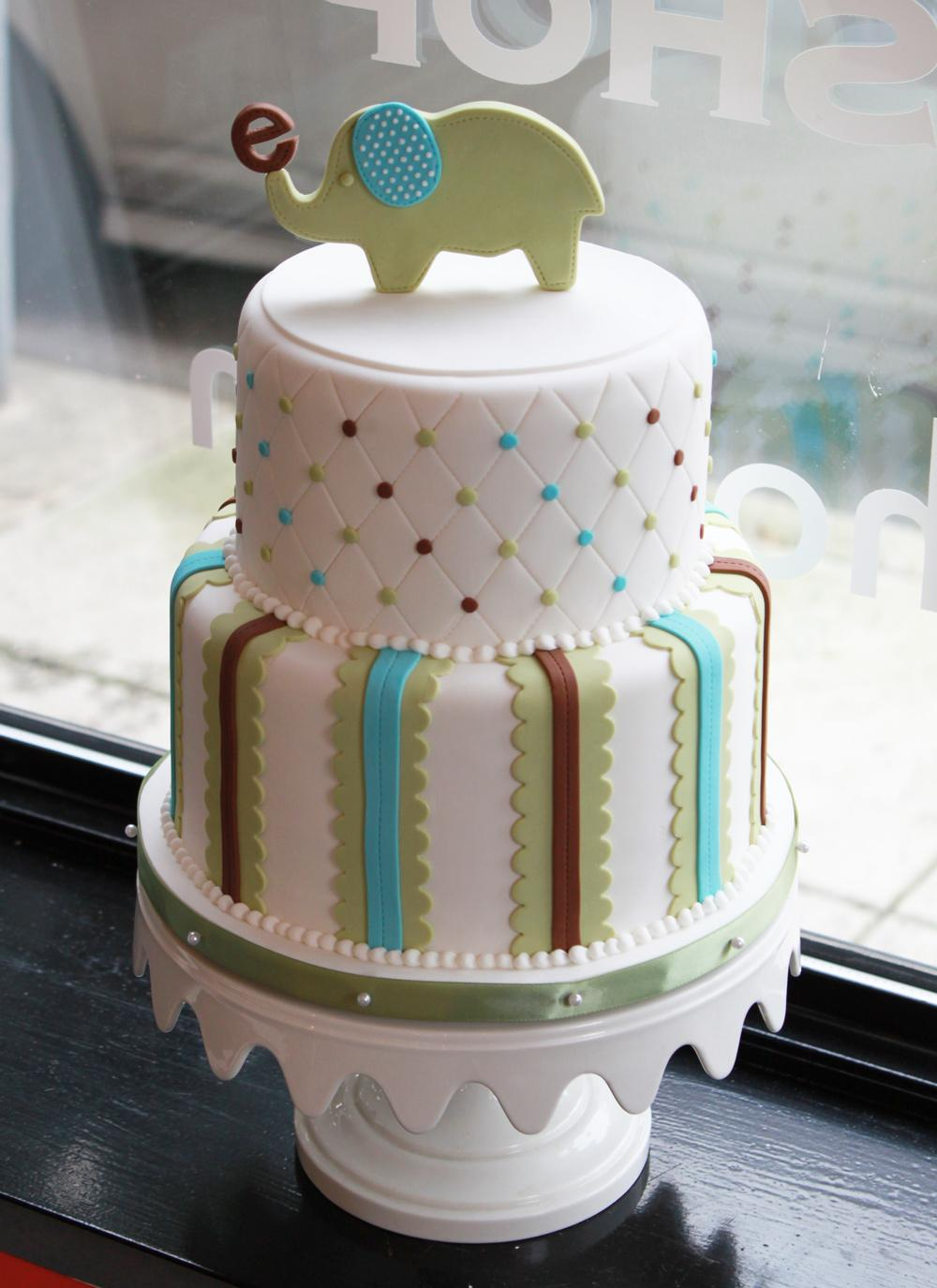 elephant-baby-shower-cake