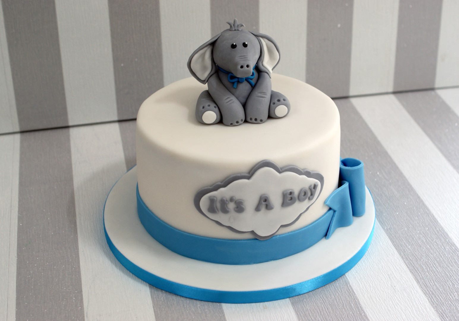 elephant-baby-shower-cakes