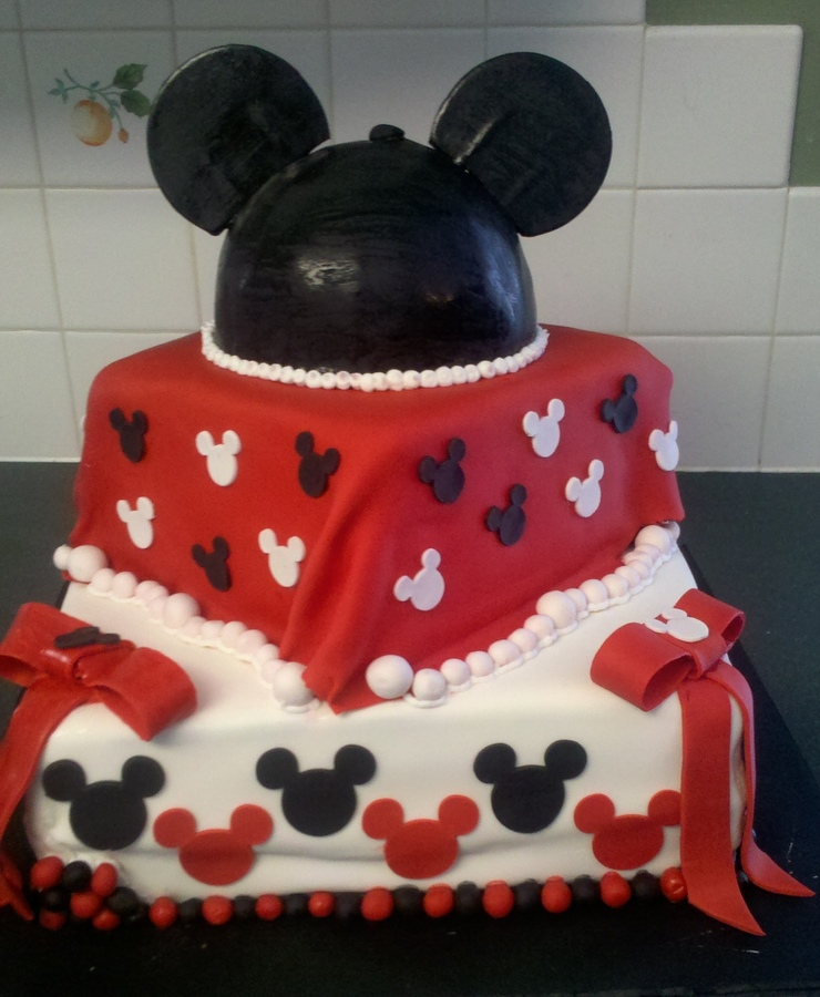 mickey-mouse-baby-shower-cake