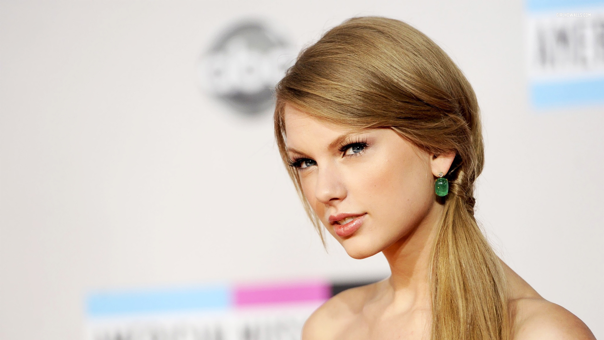 Taylor Swift Beautiful Images: 70 Hottest Taylor Swift Pictures And Wallpapers