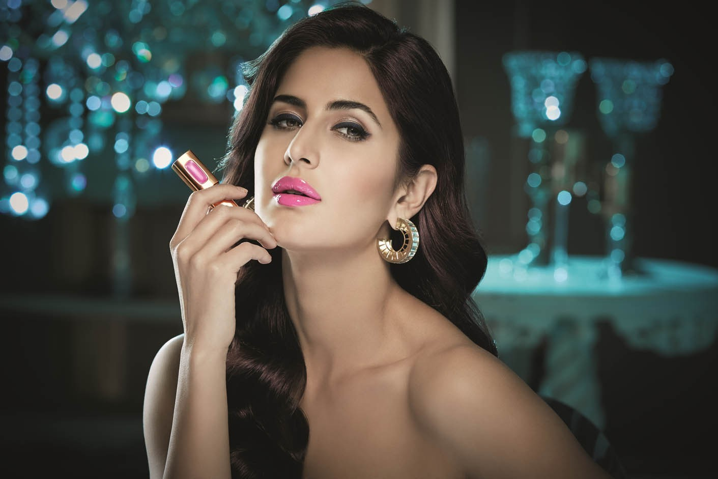 Katrina-Kaif-Red-Lips-Wallpapers