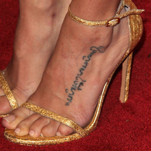 jenna-dewan-tatum-foot-tattoo
