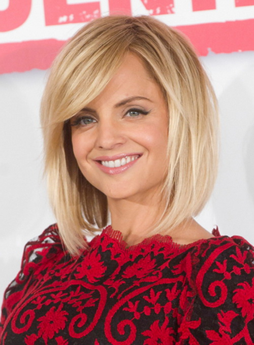 Blonde-Medium-Length-Haircuts