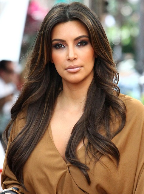 Kim-Kardashian-Long-Hairstyles-Center-Parted
