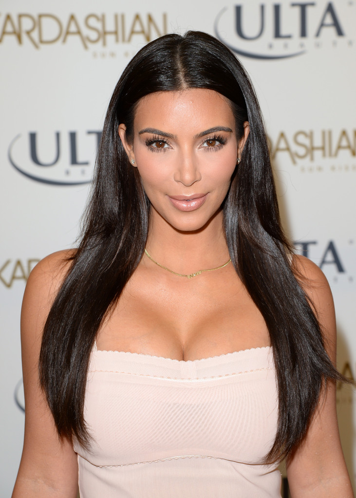 Kim+Kardashian+Long+Hairstyles+Long+Straight