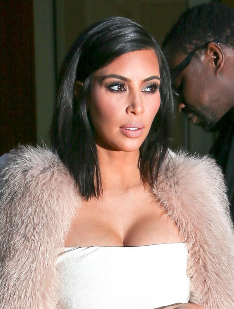 Kim+Kardashian+Shoulder+Length+Haircut
