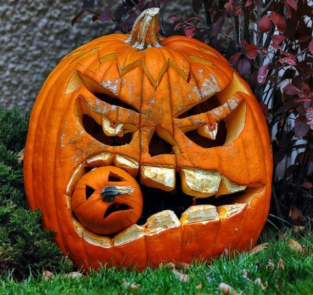 angry-pumpkin-carving-design