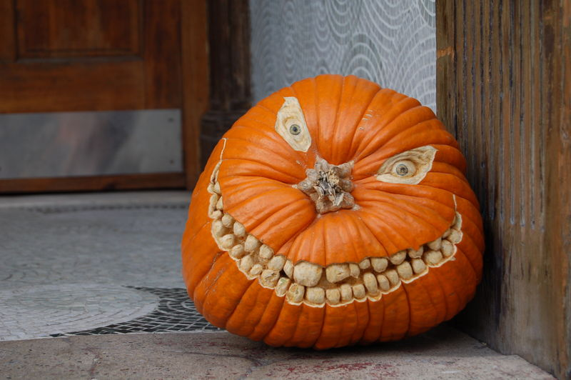 pumpkin-grin-pumpkin- carving-ideas