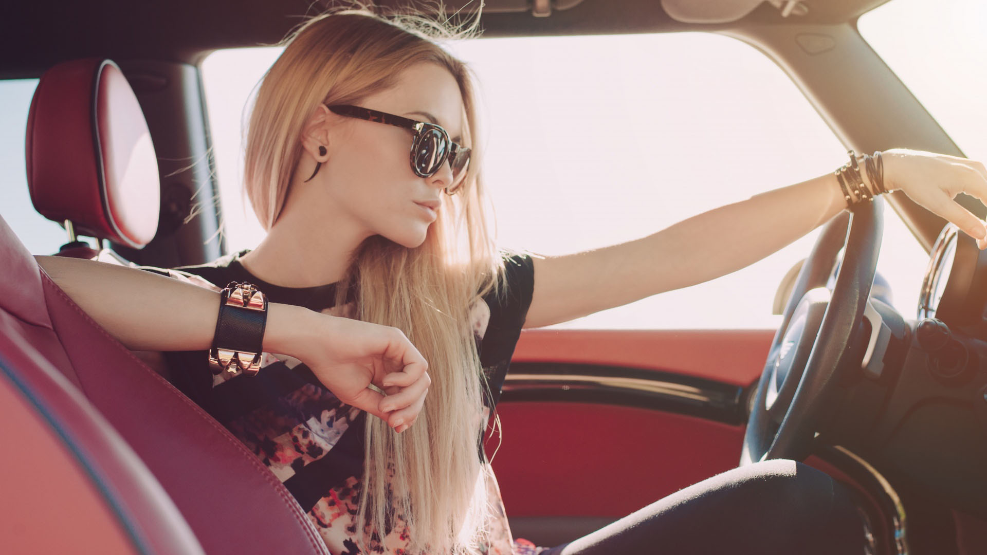 cute-girly-wallpapers-model-fashion