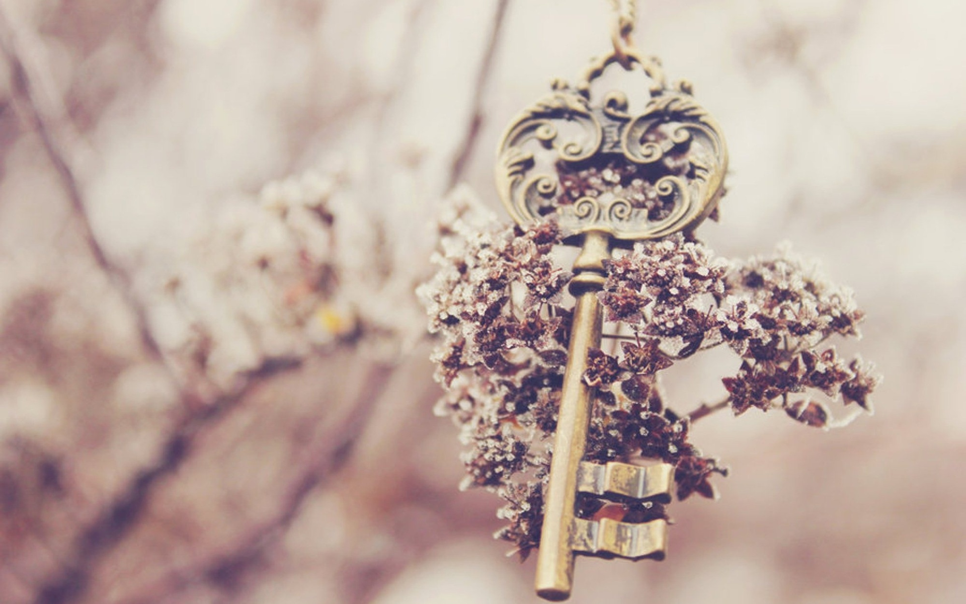 keys-vintage-girly-wallpapers